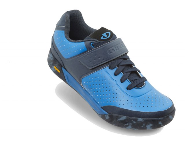 Giro Chamber II Shoes Blue / Jewell Angle
